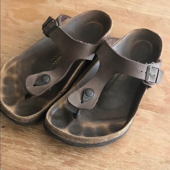 78f2434b3050 Birkenstock Shoes - Birkenstock Gizeh Birkibuc sandal Mocha